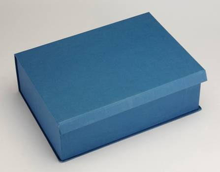 Top view of box with lid